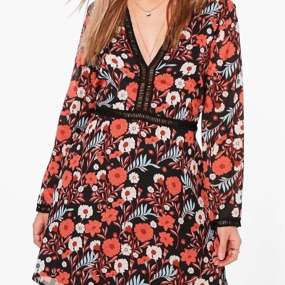 Dresses & Skirts - Boohoo dress